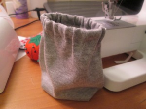 A bag with an elastic casing is an easy craft for a beginner learning how to sew elastic, a sewing notion - Sew Me Your Stuff