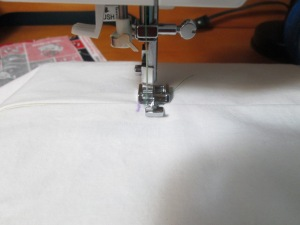 It's important to learn how to sew a zipper, a sewing notion - Sew Me Your Stuff